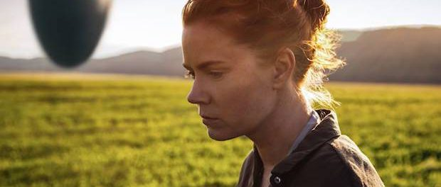 Amy Adams als Louise Blanks in Arrival | © Sony Pictures Germany